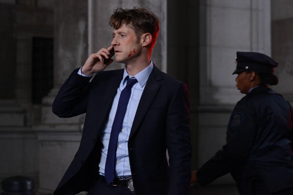 Gotham-2x09-A-Bitter-Pill-to-Swallow-7